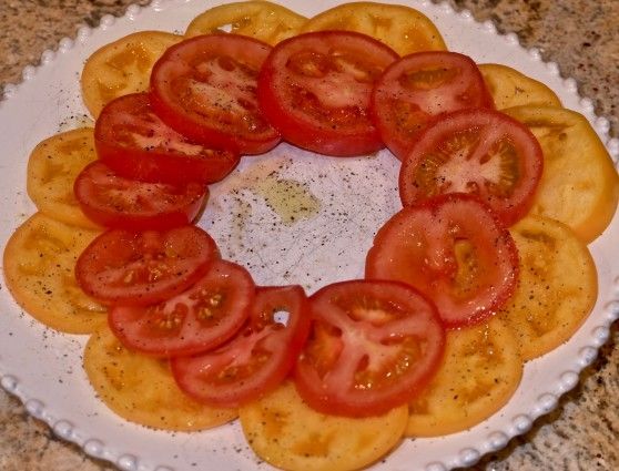 sea asparagus tomatoes in circles