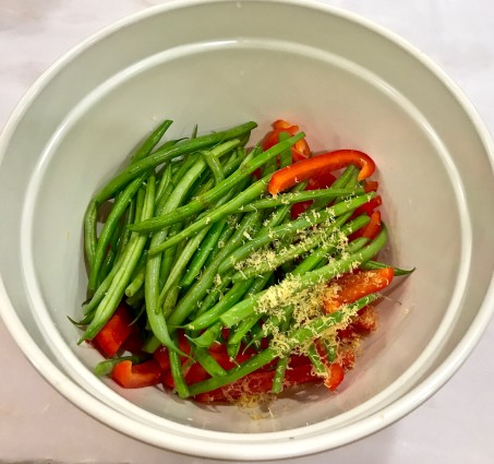 French beans with lemon zest