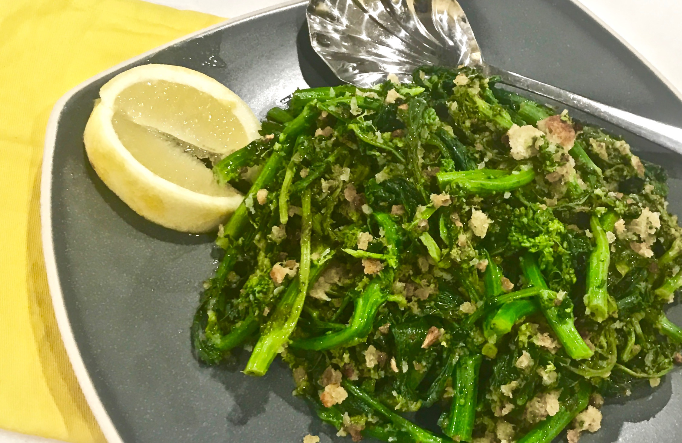 Broccoli Rabe With Garlic And Toasted Breadcrumbs | Cindy